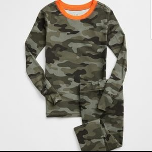 🆕️ Gap kids Camouflage Pj set